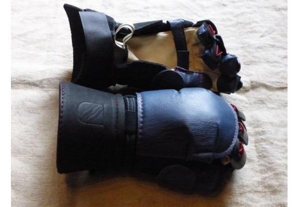 Inigo Montoya Gloves-0