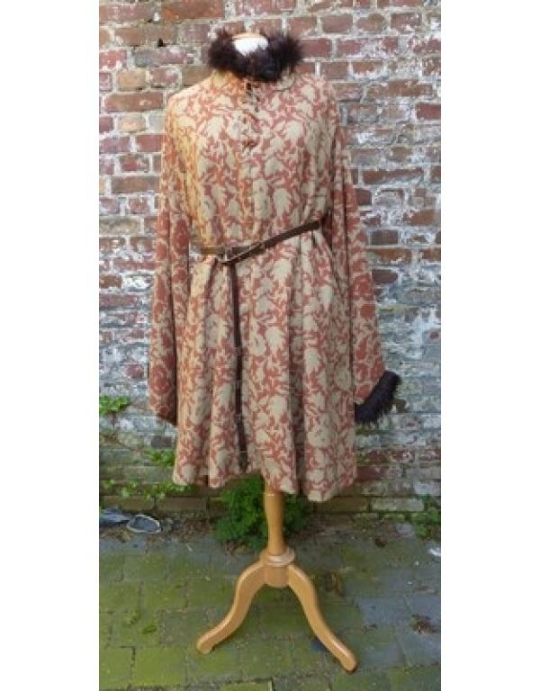 robe met bont R8-0