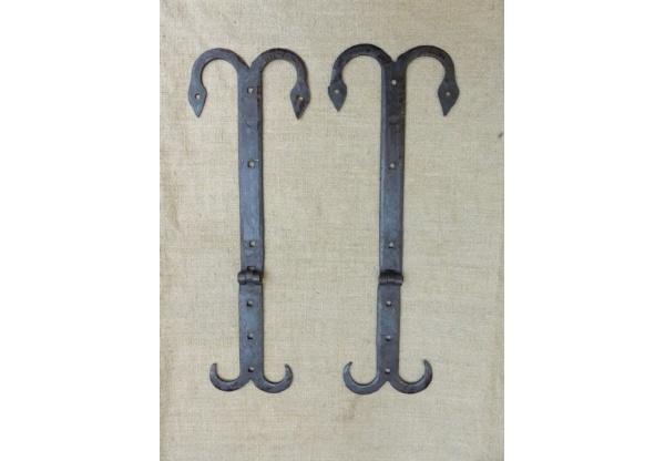 medieval hinge-0